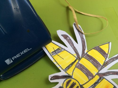 Easy Crafts: Make your own Manchester Bee decorations