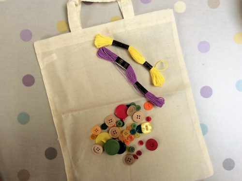 Crafts: Make your own Button Craft Bag