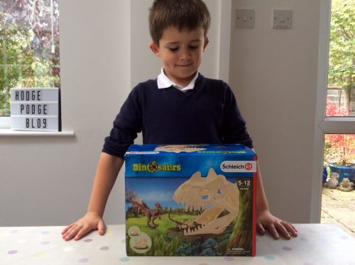 Toy Review: Schleich Dinosaurs Collection Skull Trap