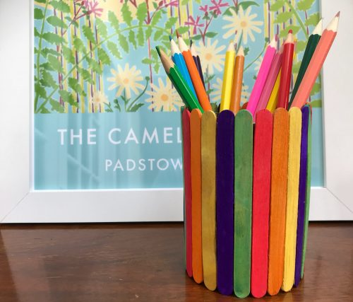 Kids Craft: How to make a rainbow Lolly Stick Pen Pot