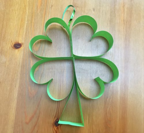 St Patrick's Day Craft: How to make Paper Shamrocks