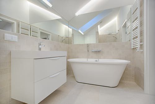 How to Choose the Perfect Bathroom Lighting