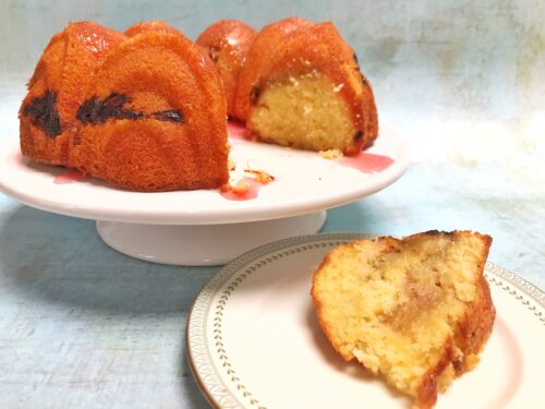 Great Bakes: Rhubarb Drizzle Cake
